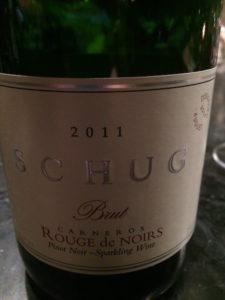 Shut sparkling Pinot Noir