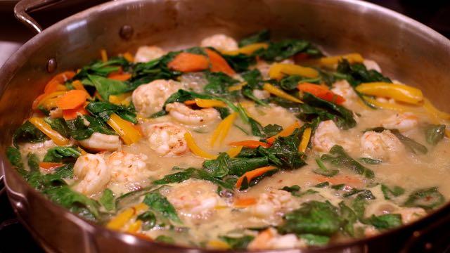 Thai Shrimp and Spinach Curry