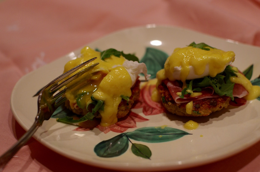 Eggs Benedict with Quinoa Cakes and Prosciutto